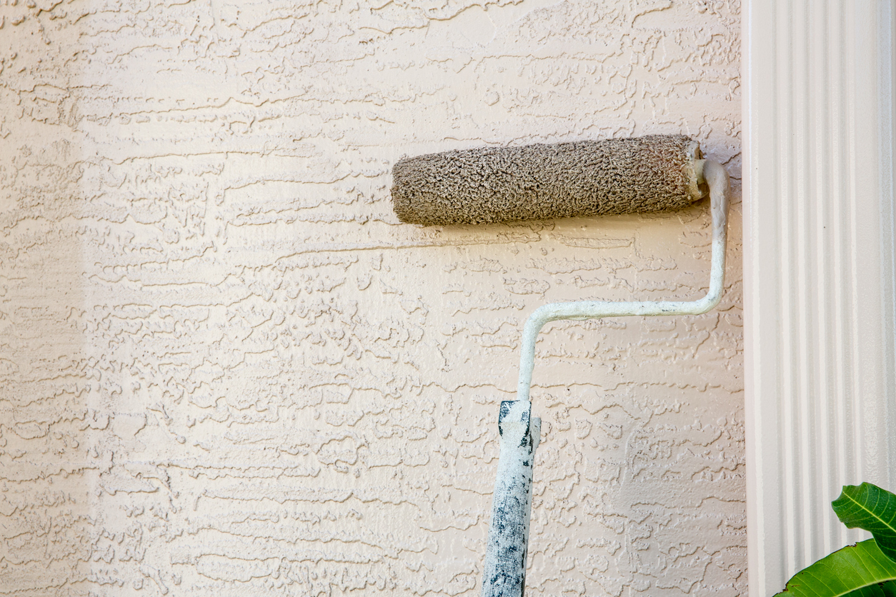 Do I Need To Prime Stucco Before Painting?